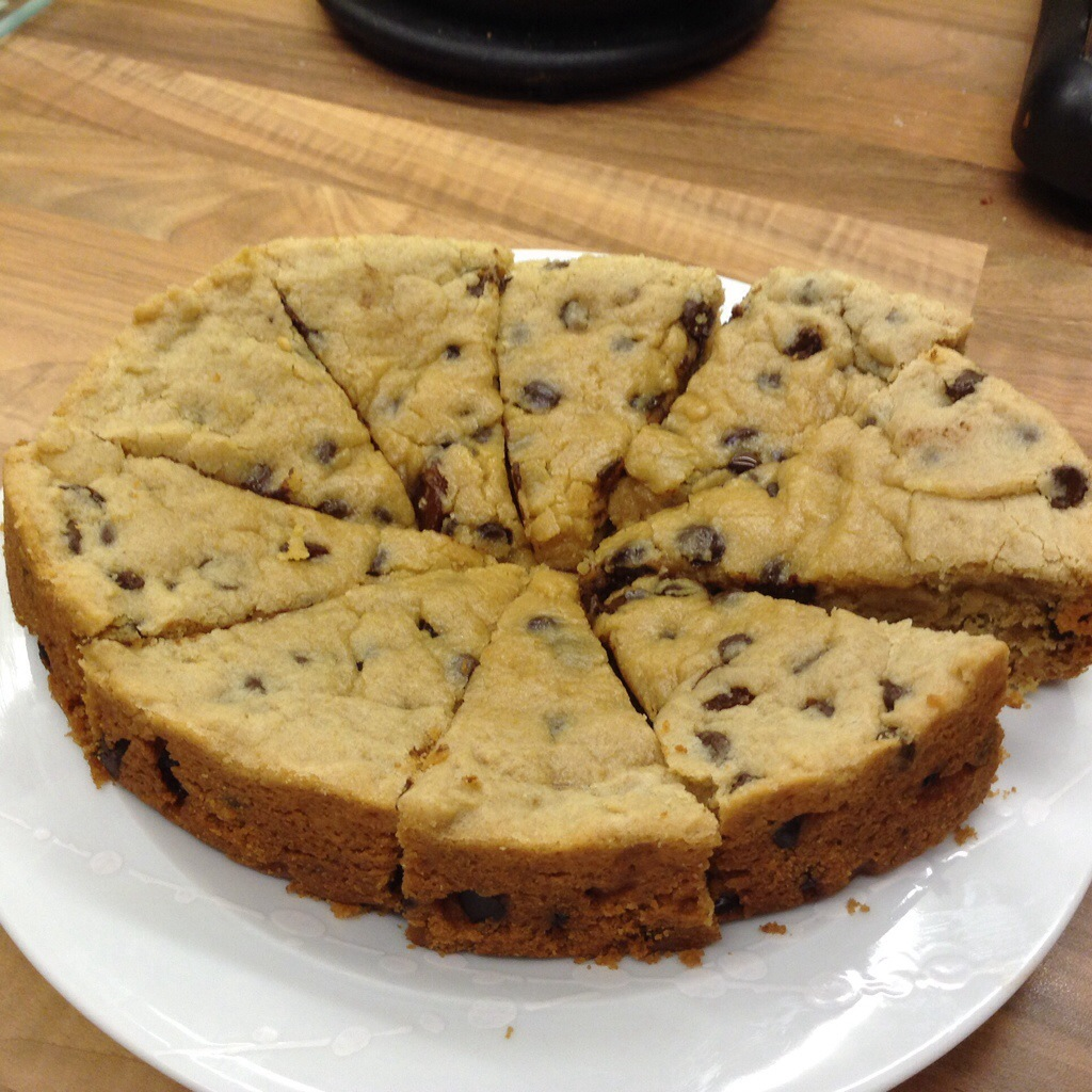Slow Cooker Giant Chocolate Chip and Sultana Cookie ...